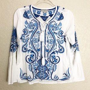 EUC Isato white blue embroidered boho peasant top